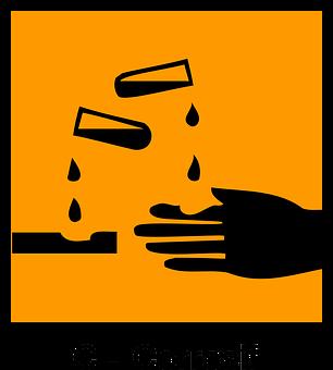 Le danger d'utiliser des nettoyants chimiques pour des canalisations obstruées
